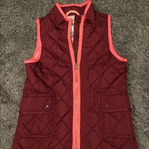 Old navy size Large 10/12 puffer vest new